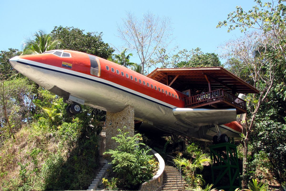 19 Pictures Of Abandoned Aircrafts We Cannot Look Away From