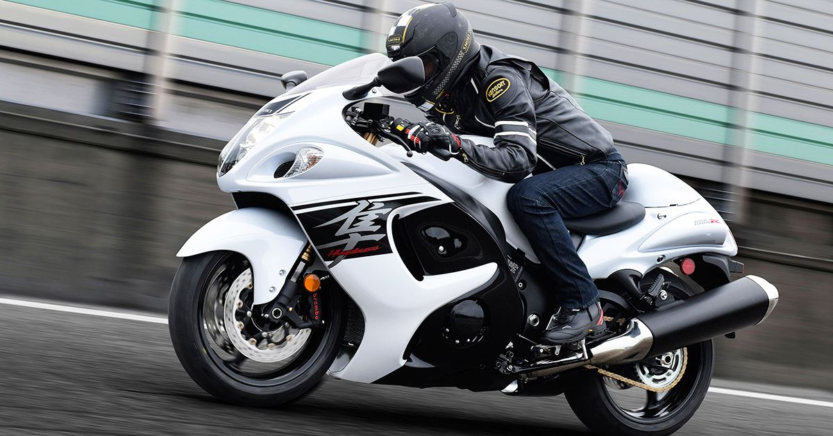 9 Scooters That Outrun A Motorcycle (And 14 Motorcycles That