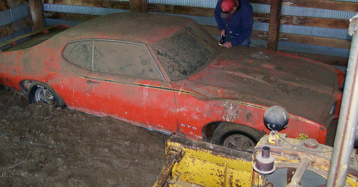20 Unforgivable Photos Of Abandoned Muscle Cars Hotcars