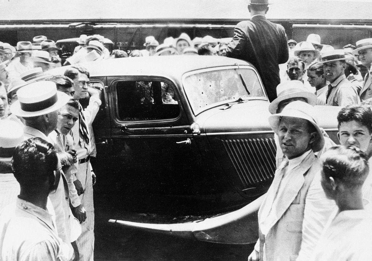 Bonnie v8 & clyde 1934 ford Bonnie and