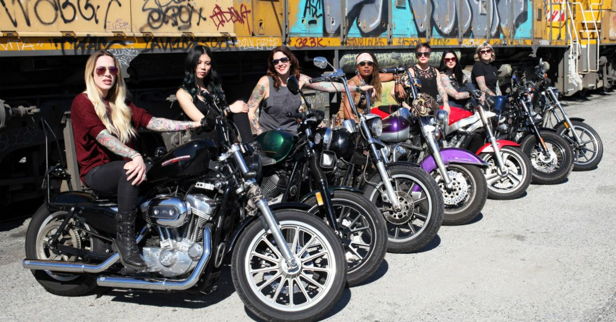20 Female Biker Clubs And Their Motorcycles | HotCars
