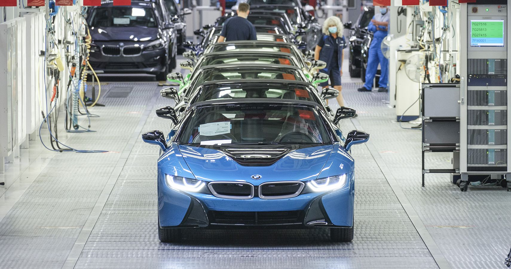 Last 18 BMW I8s Leave Leipzig Plant With Custom Touches