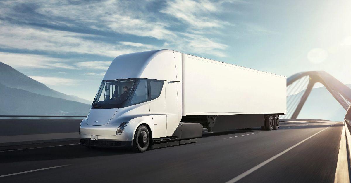 Evaluating The True Efficiency Of The Tesla Semi Truck