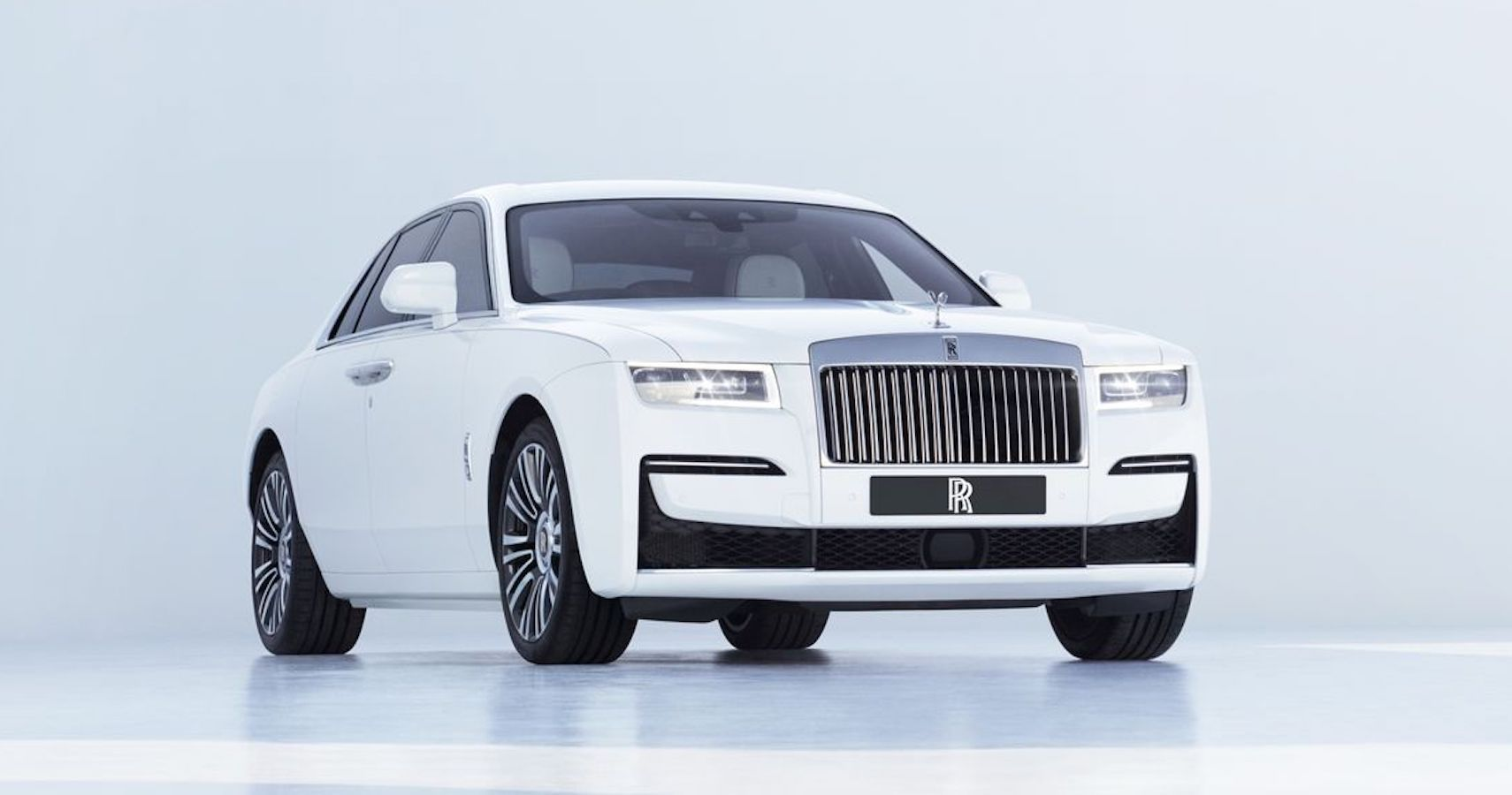 The 2021 Rolls-Royce Ghost Offers Refined Simplicity And Insane Technology