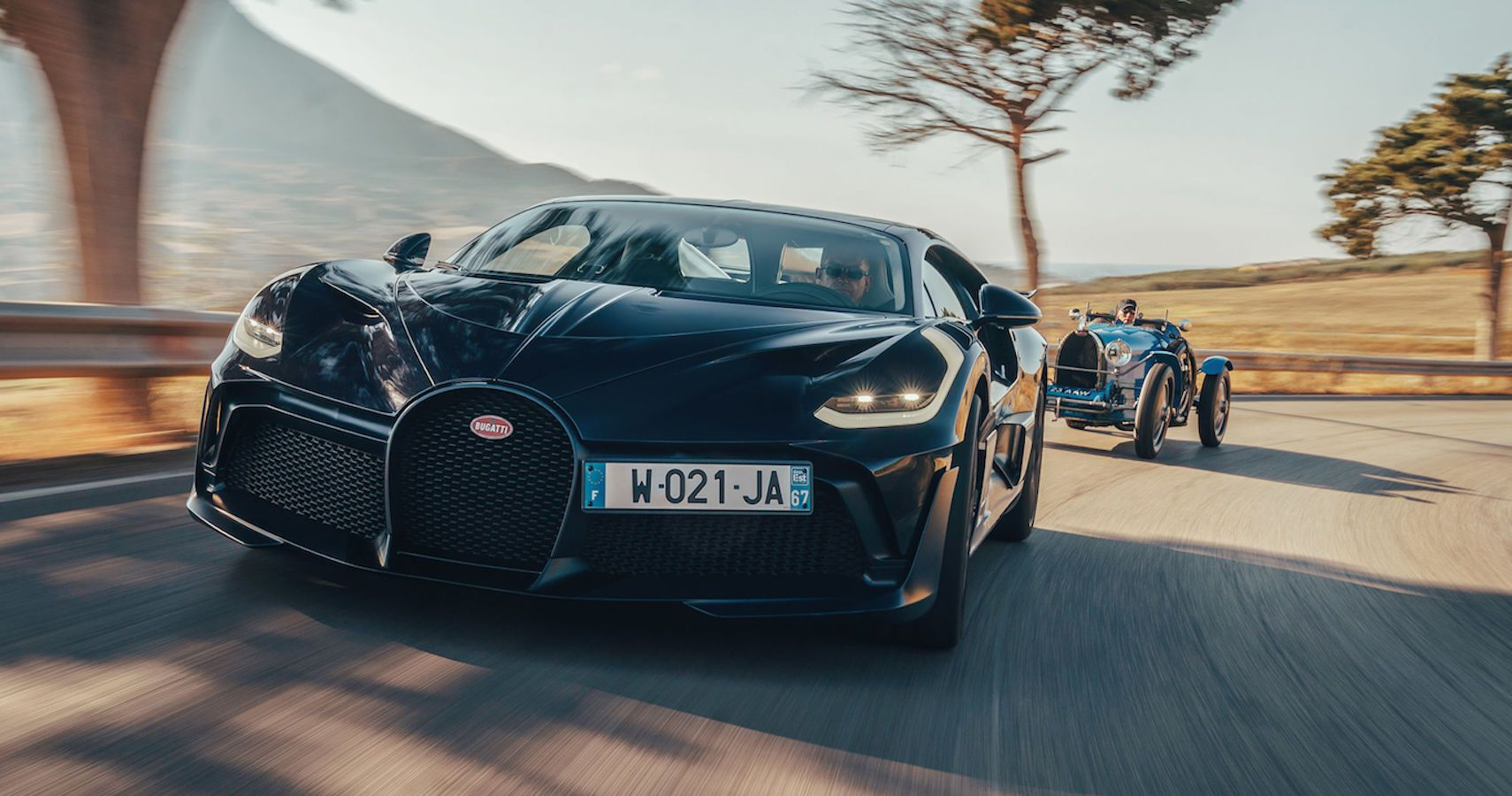 Bugatti: Watch The Divo And Legendary Type 35 Race Targa Florio Together