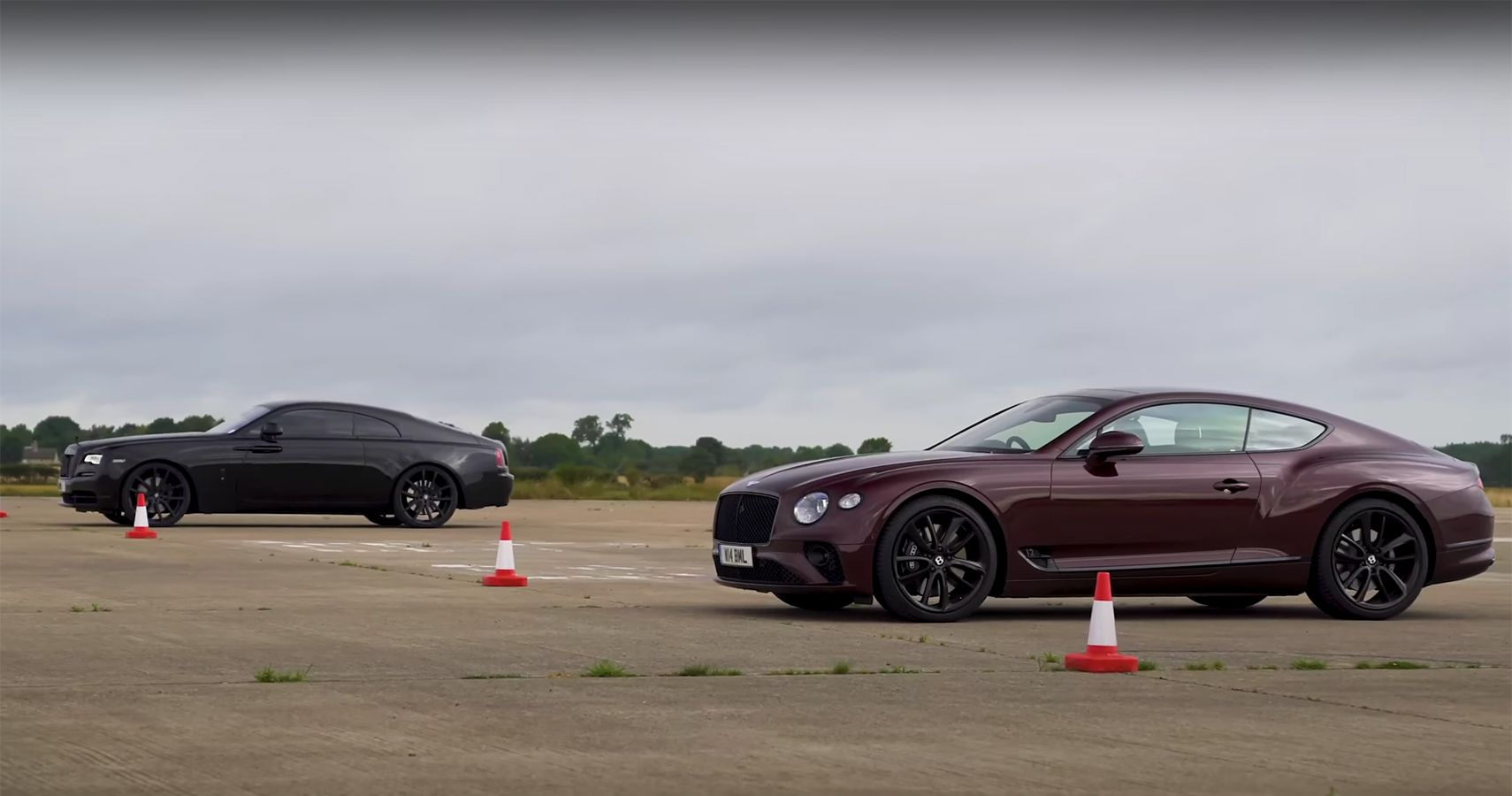 Rolls-Royce Wraith Takes On Bentley Continental GT In A Drag Race