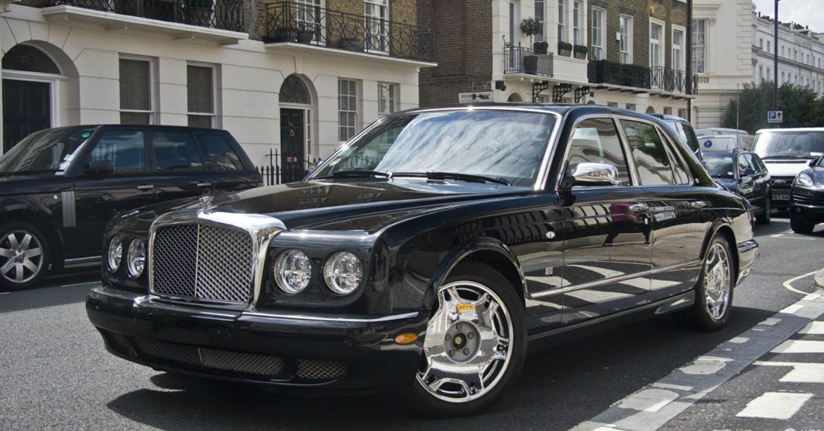 Most Luxurious Cars Of The 1990s | HotCars