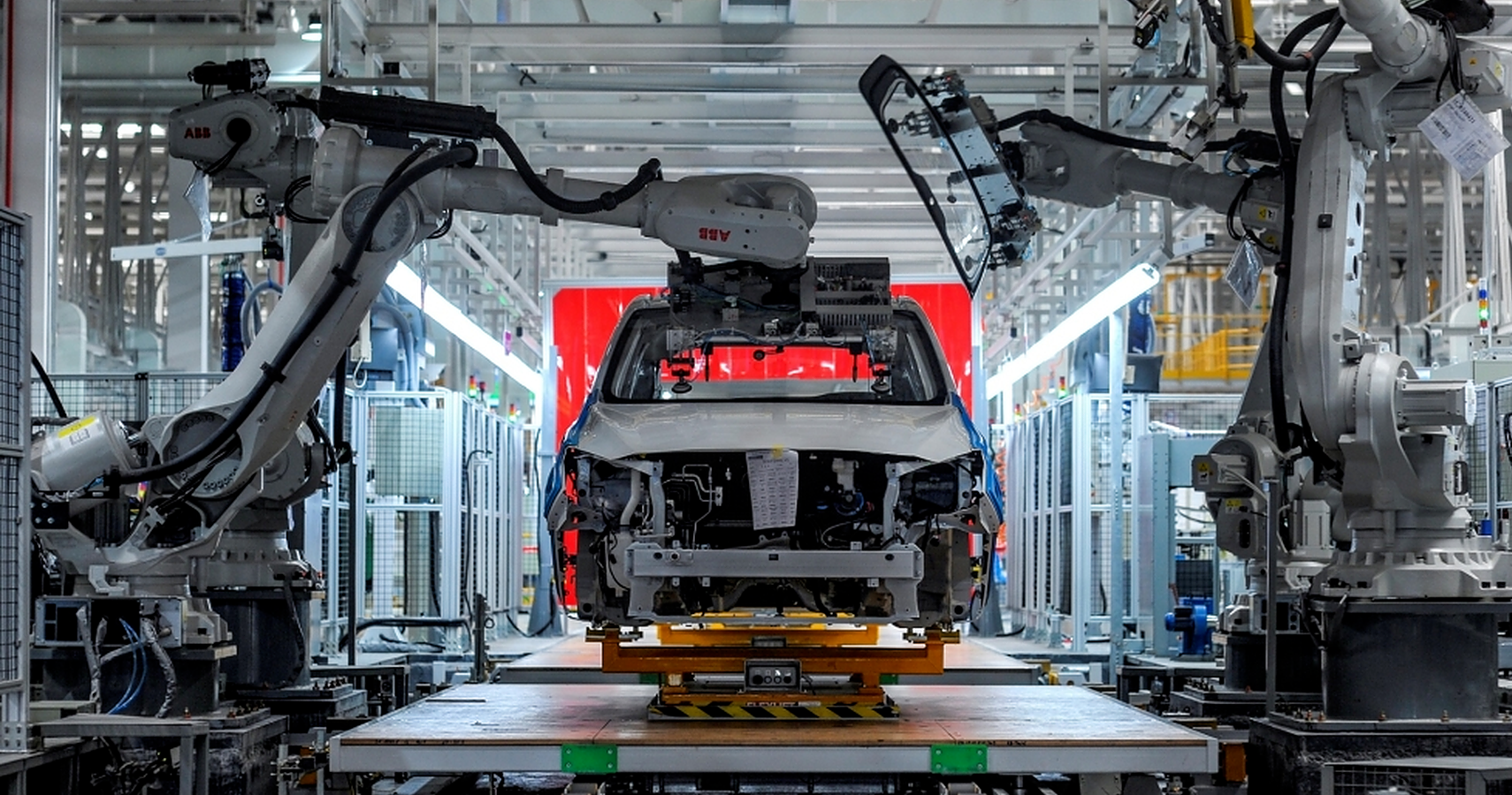 Here's What A 90 Percent Autonomous Factory Looks Like That Produces 600 Cars A Day