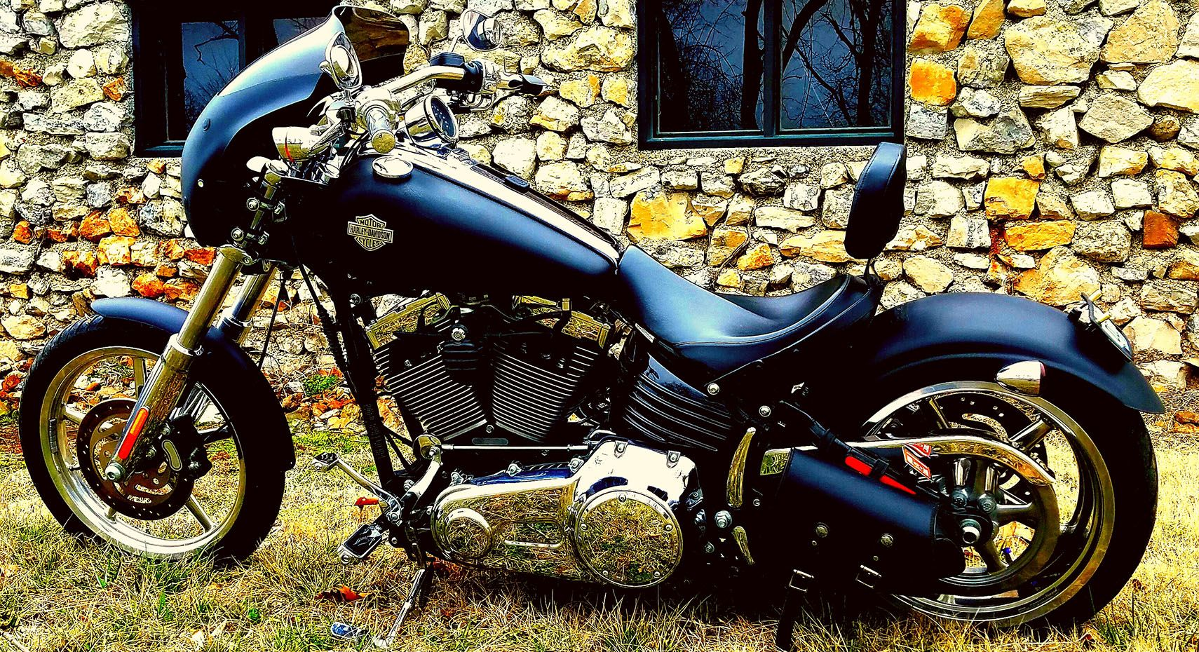 A Detailed Look Back At The Harley-Davidson Rocker | HotCars