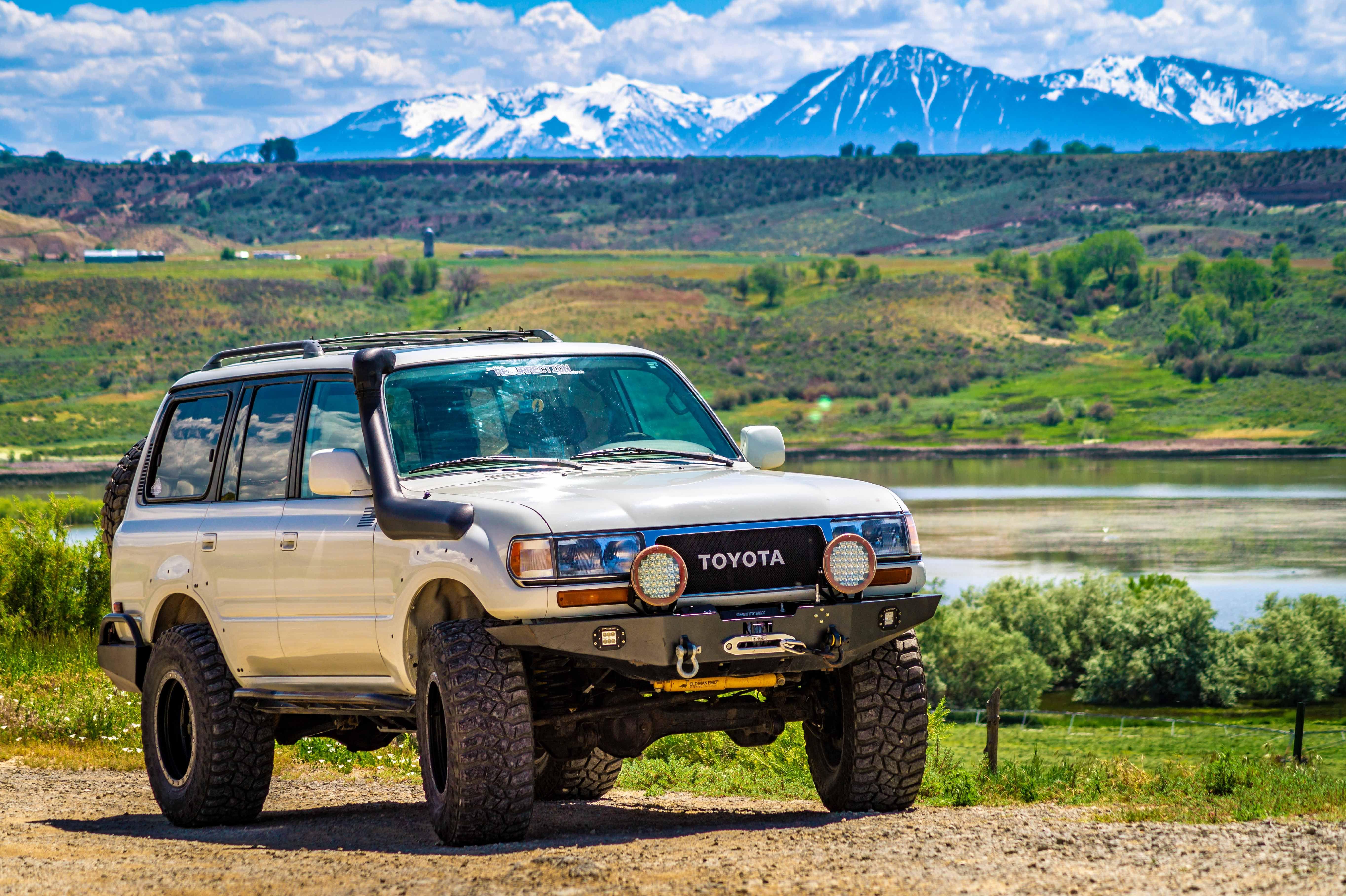 Kekurangan Toyota 80 Perbandingan Harga