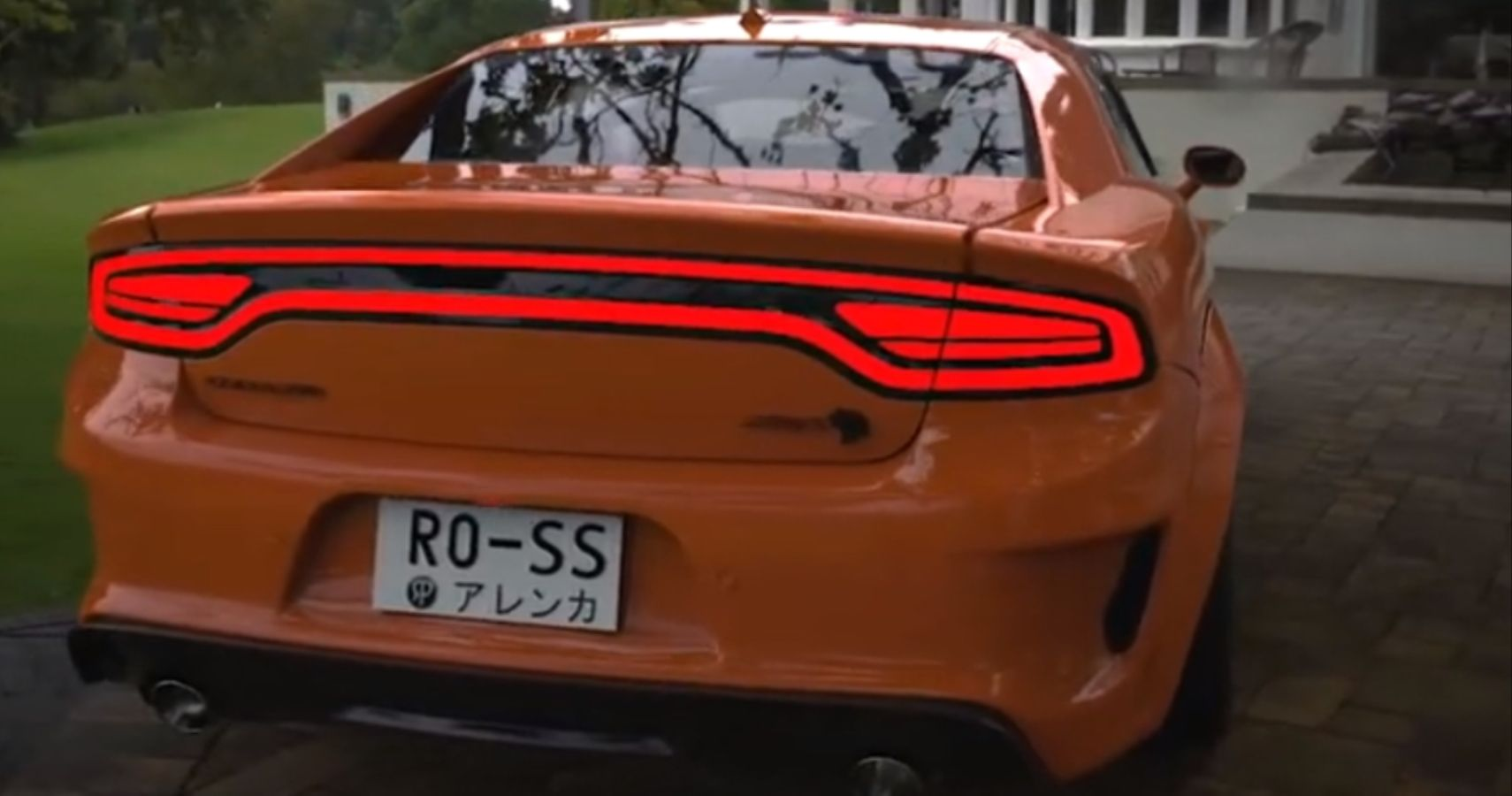 Dodge Charger Hellcat Coupe Pays Tribute To The Dukes Of Hazzard's General  Lee