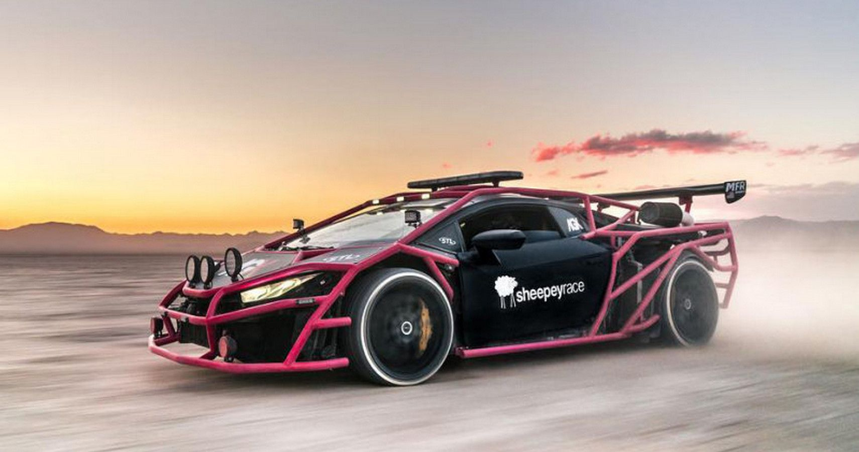 5 Lamborghinis That Were Modified To The Next Level (5 Factory Lambos That Are Even Wilder)