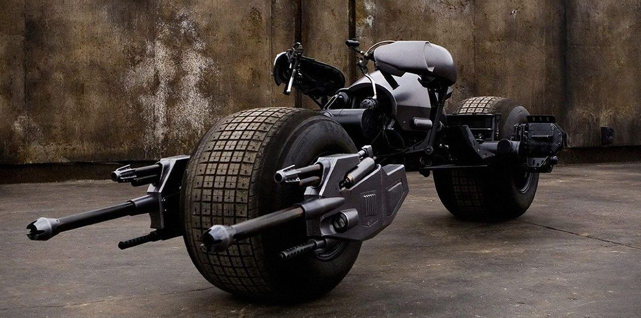 A Detailed Look At The Motorcycle Batman Drove In The Dark Knight