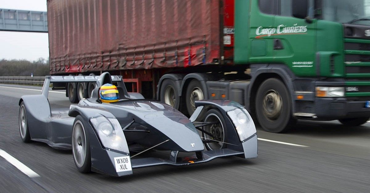 A Detailed Look At The Track Destroying Caparo T1