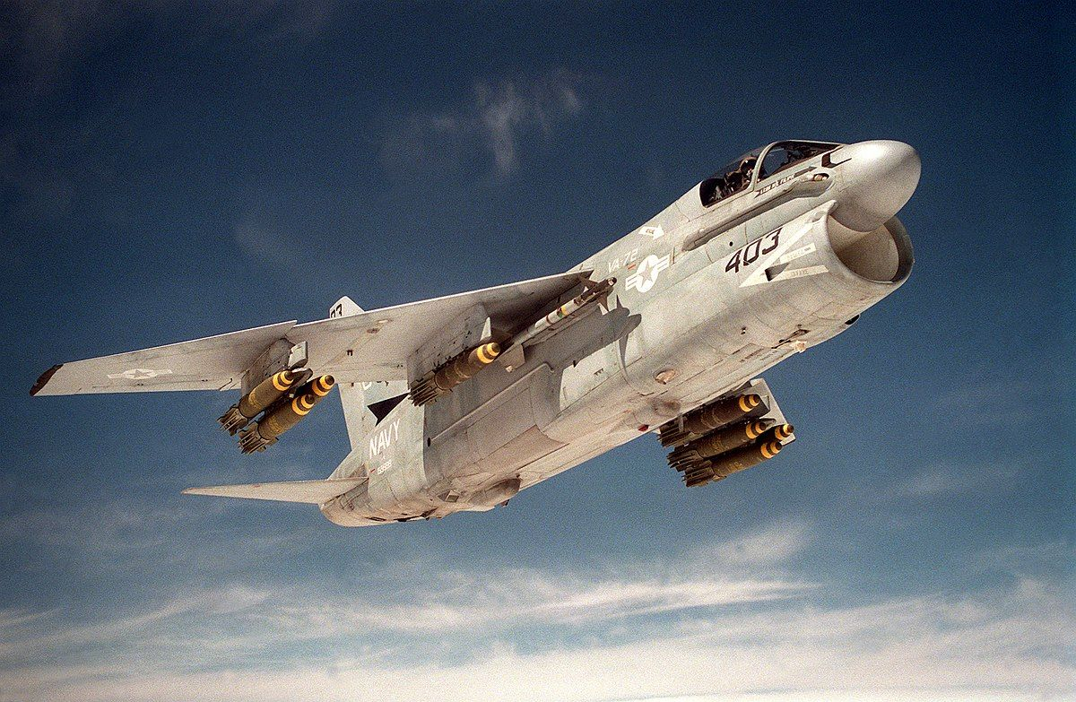 8 Fighter Jets Too Ugly To Intimidate Anyone | HotCars