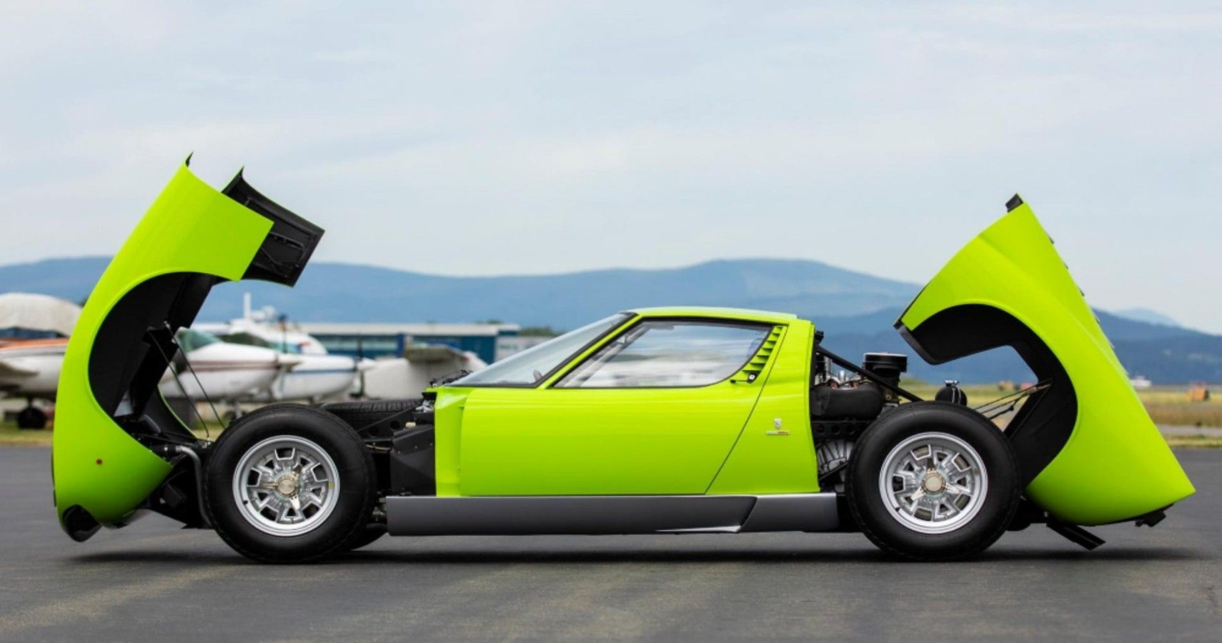 Here's How The Lamborghini Miura Changed The Auto Industry