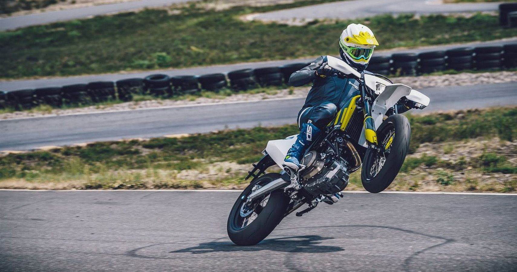 9 Reasons Why The Husqvarna 701 Is Awesome