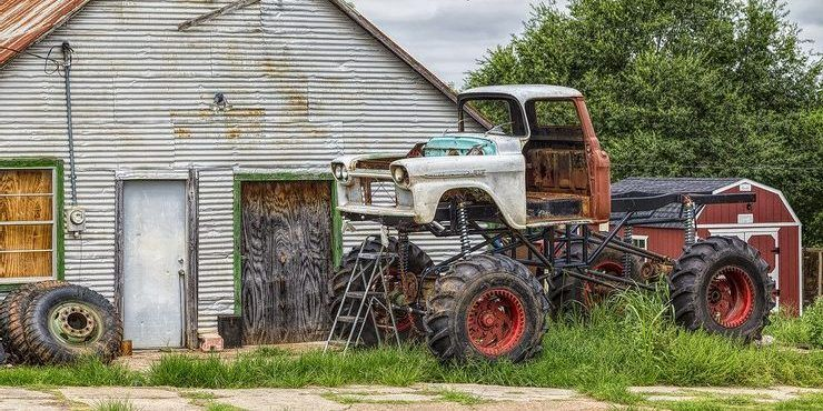 These Badass Modified Classic Pickups Were Found Abandoned
