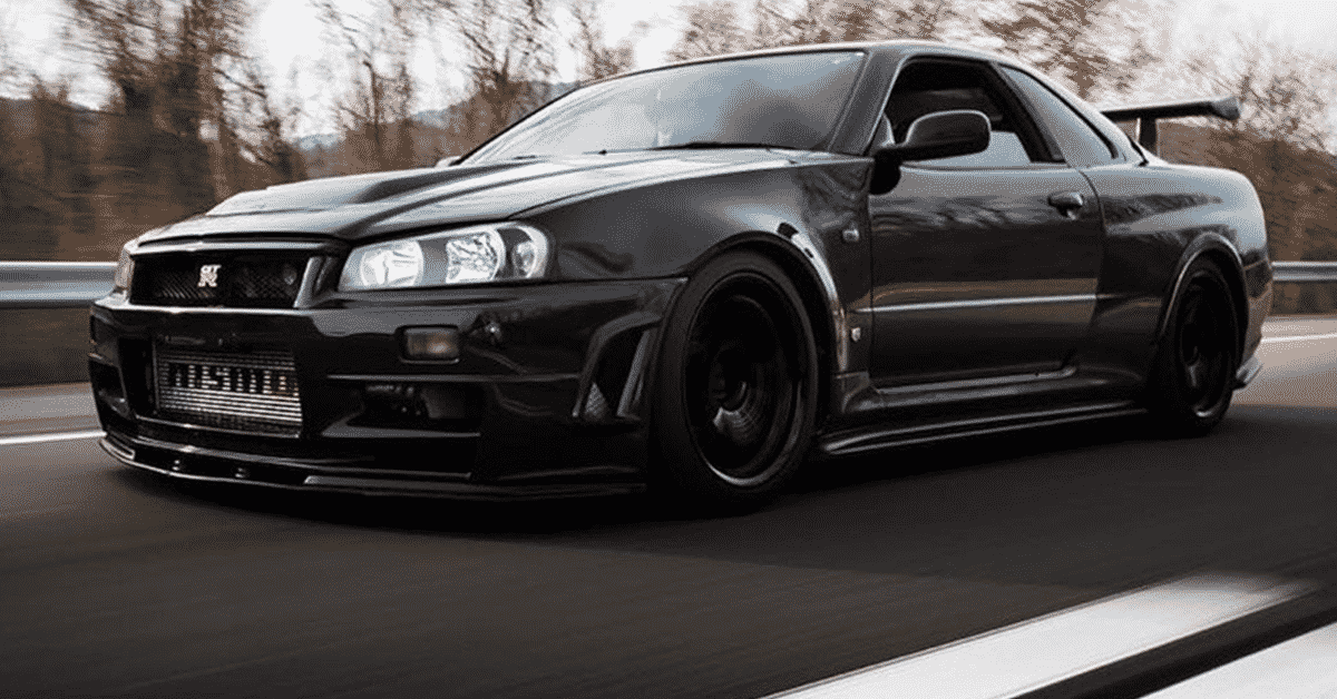Here's The Coolest Feature Of The Nissan Skyline R34   HotCars