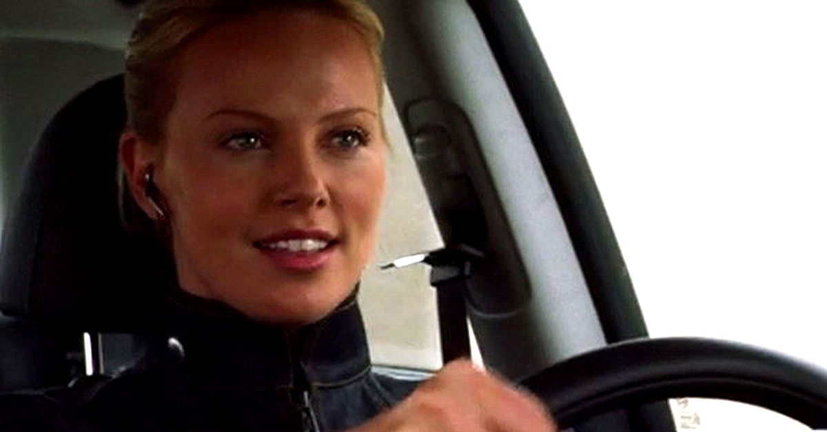 Here's What Charlize Theron Drives | HotCars