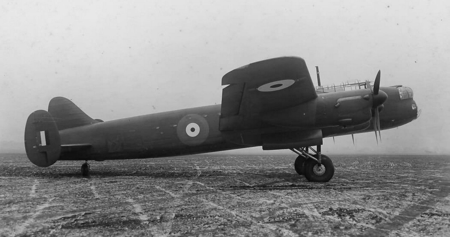 10 Things Everyone Forgot About The Avro Lancaster   HotCars