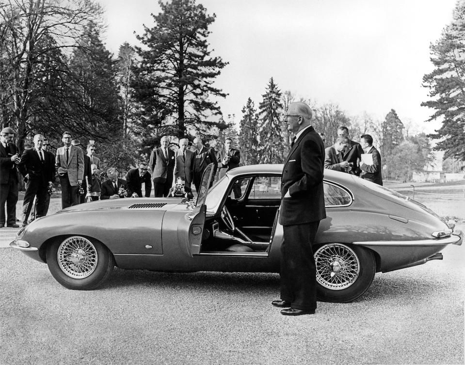A Look Back At The 9600 HP: The Origin Of The Jaguar E-Type