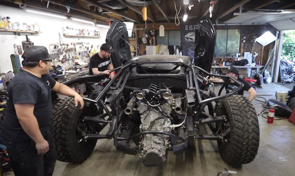 Watch This Insane Off-Road Lambo Huracan Fired Up For The First Time