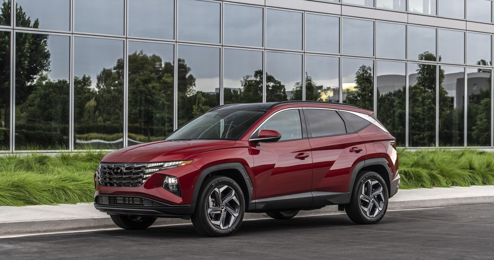 Best Compact Crossover: 2022 Hyundai Tucson Vs 2021 Nissan Rogue
