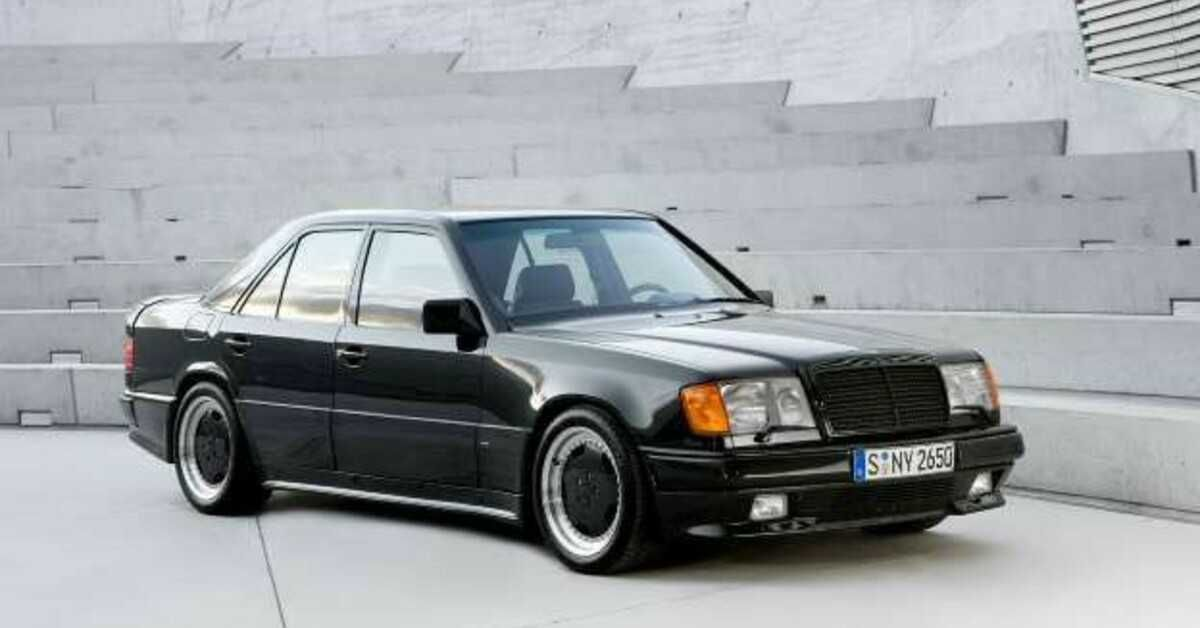 Here's Why Buying An Old Mercedes-Benz Is Worth It