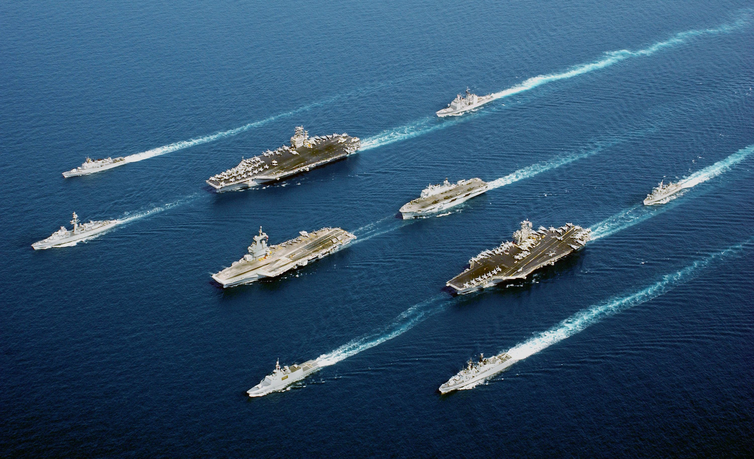 Here's What Makes US Aircraft Carriers Practically Unsinkable